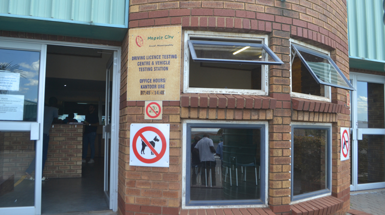 Licensing Centre closes yet again due to Covid infection